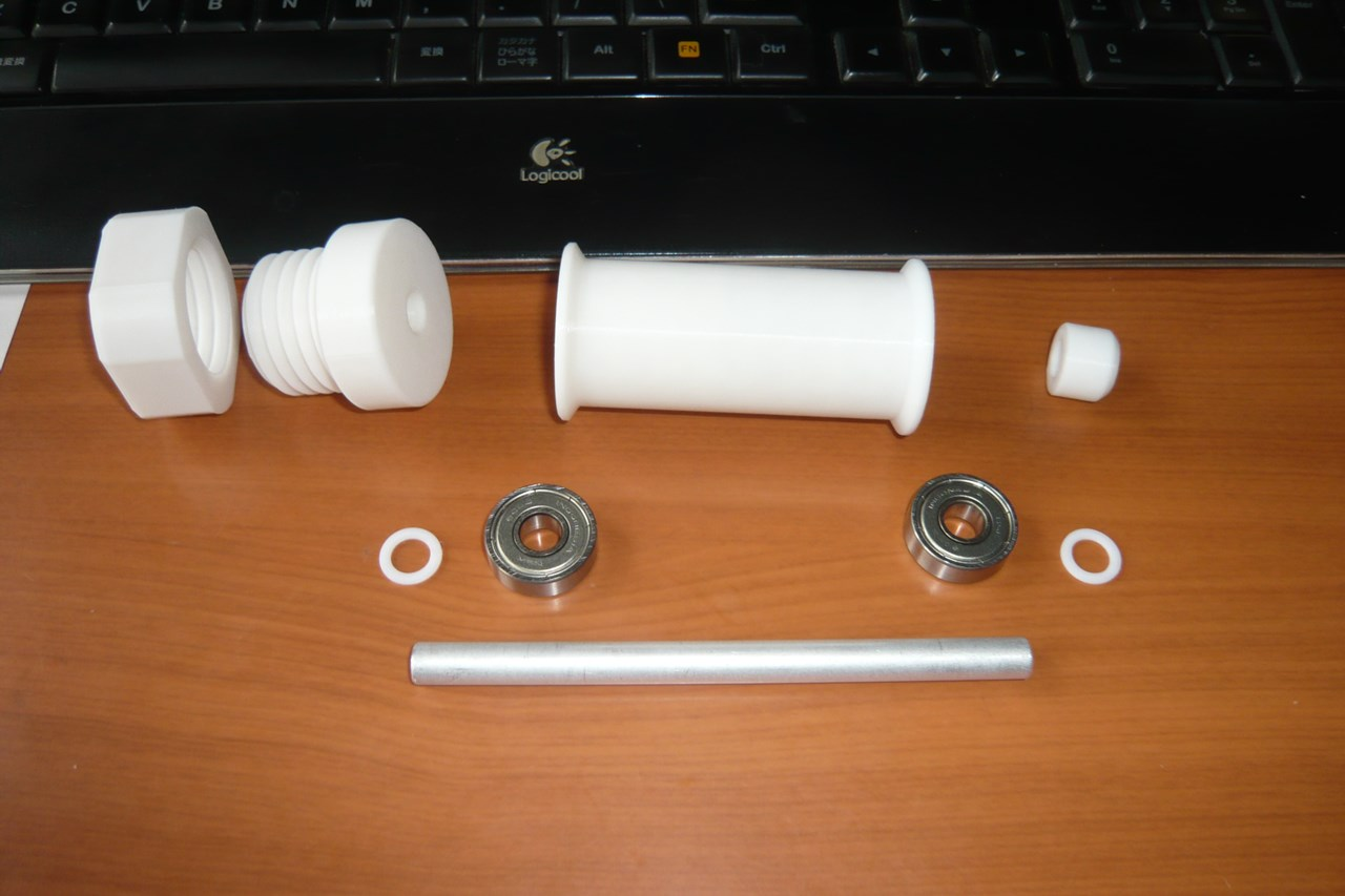 組立前の回転式スプールホルダー